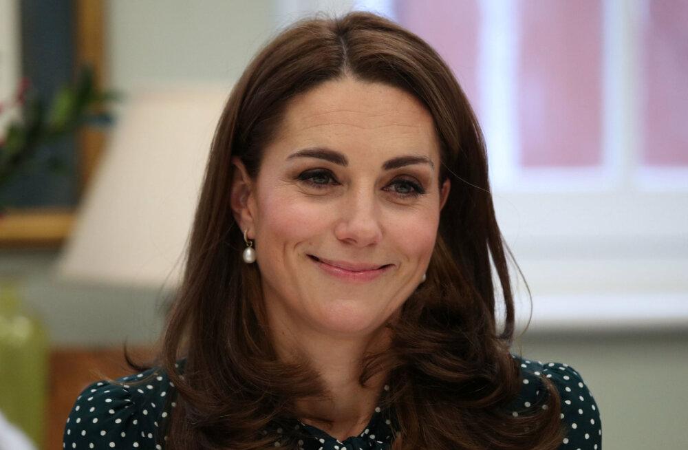 Kuninganna Elizabeth II ei kiitnud alguses ka Kate Middletoni heaks valikuks