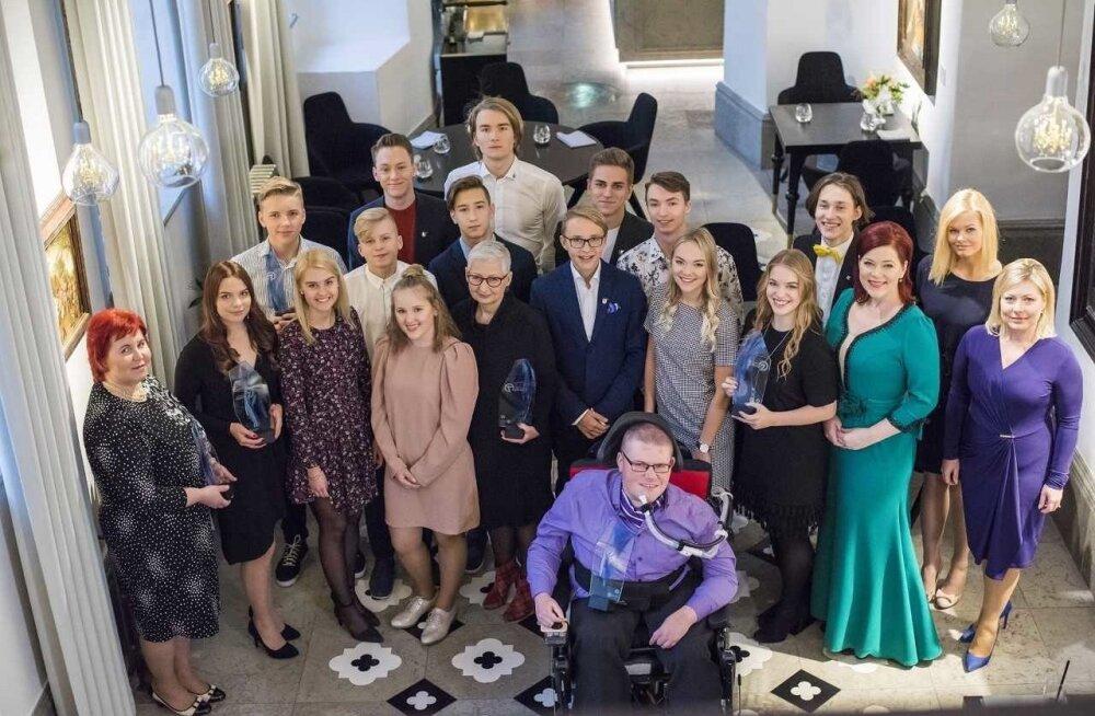 """Kokkuvõtet """"Seitsmeste uhkuse"""" pidulikust vastuvõtust näeb TV 3 saates """"Seitsmeste aastalõpp Vihula mõisas"""" 29. detsembril kell 18.45."""