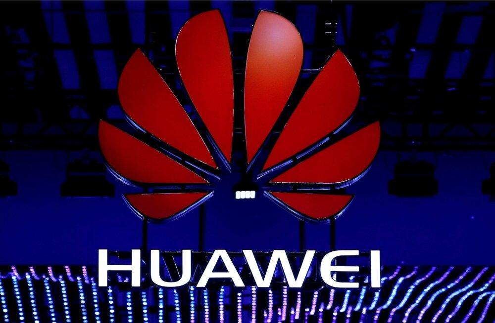 Poola esitas Huawei esinduse hiinlasest müügijuhile ja poolakast endisele julgeolekutöötajale süüdistuse spionaažis