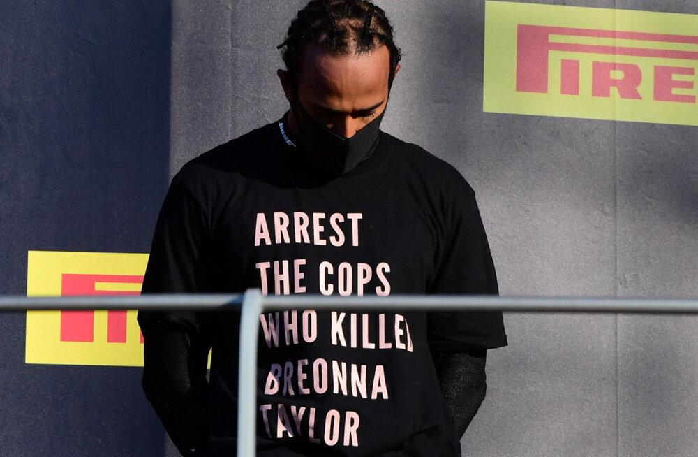 Lewis Hamilton Breonna Taylori T-särgiga