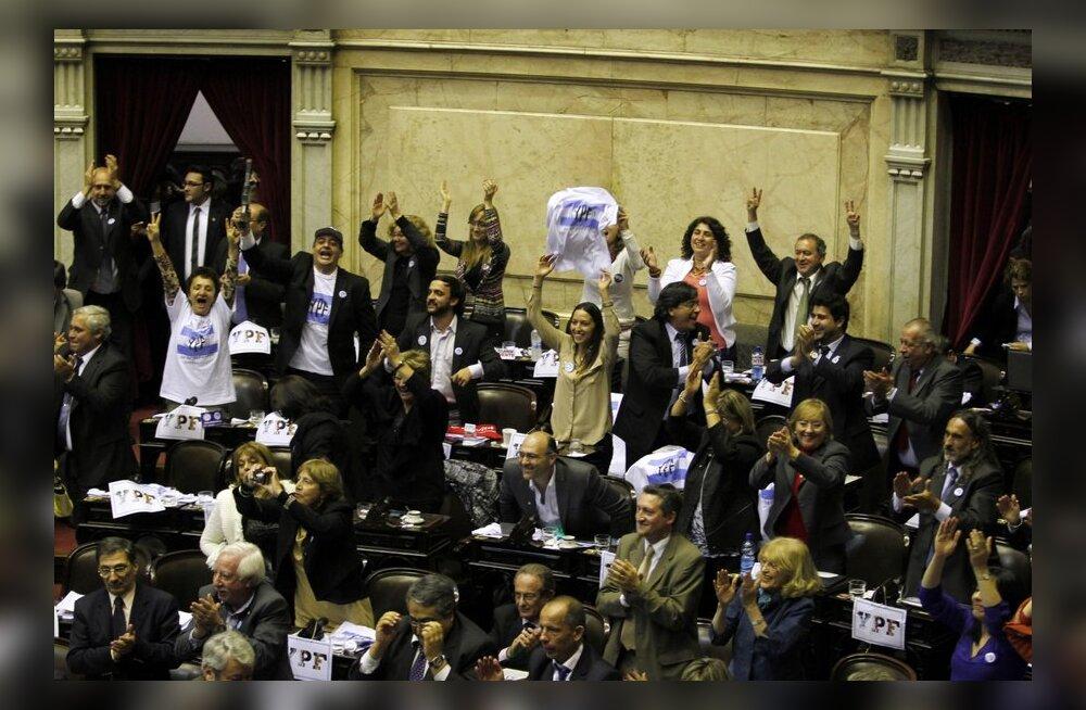 Argentina parlament otsustas riigistada hispaanlaste osalusega naftafirma