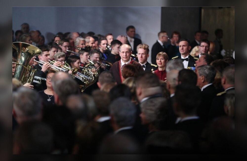 Во время президентской речи один из гостей потерял сознание
