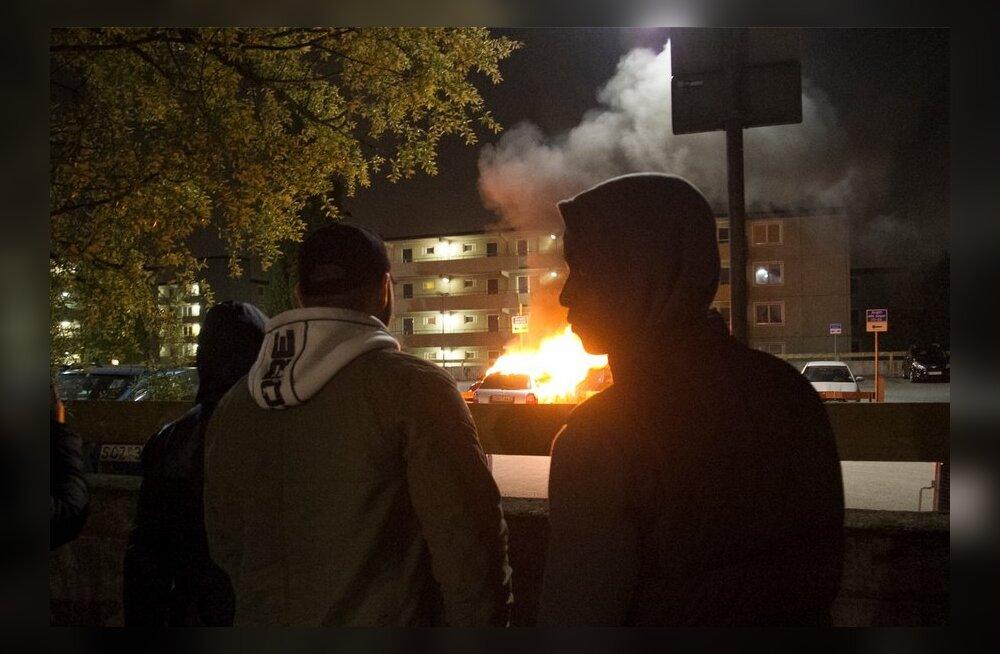 Stockholmi rahutuste eest on vangi mõistetud vaid üks inimene, enamik juurdlusi on lõpetatud