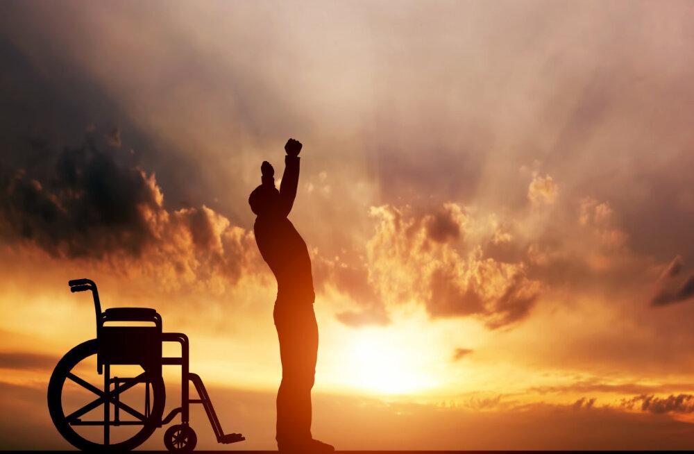 Uuestisünd ehk mandunud ratastoolipoisist säravaks superstaariks