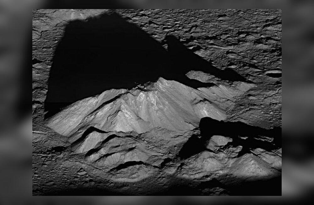 Päikesetõus Kuu kraatris. Foto: NASA, Goddardi kosmosekeskus, Arizona ülikool