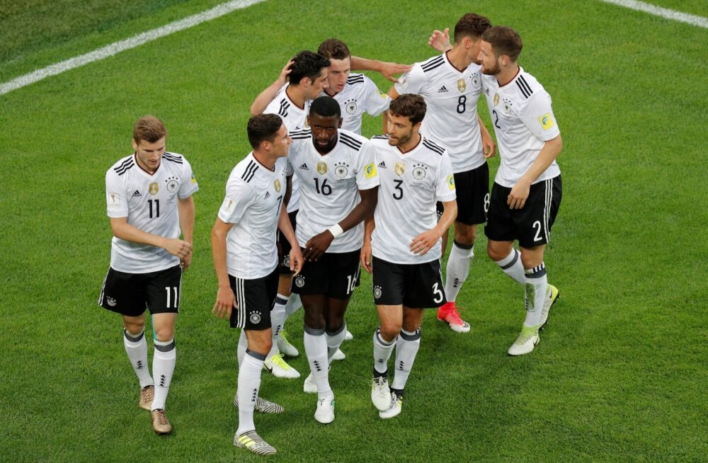 SOCCER-CONFEDERATIONS-CHL-GER/