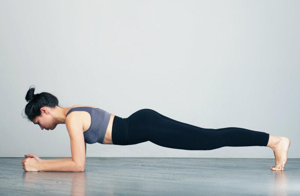 Avasta <em>planking</em> uuesti! Lamedama kõhu jaoks peaksid seda asendit just nii kaua hoidma