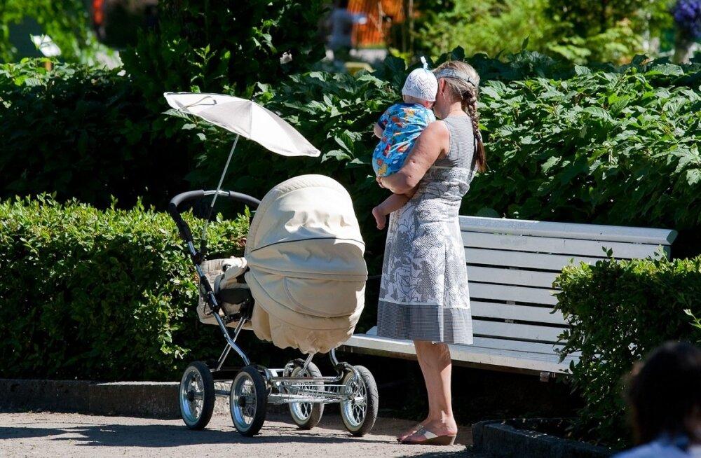 Lugeja tulevasest tööjõust: lastekasvatamise saab odavaks teha - perepaketid suuremaks, tulumaksuvabastus beebitarvikutele