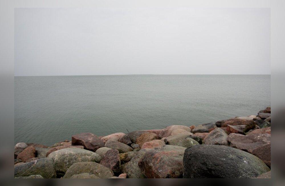 Затонувшие военные корабли угрожают Балтийскому морю