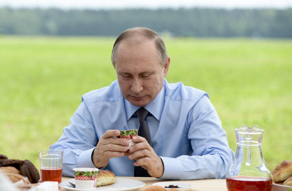 Puhastus Vene võimuladvikus jätkub: Putin vahetas välja neli kuberneri ja muutis Krimmi staatust