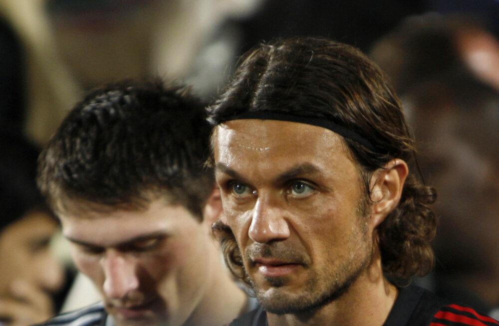 Itaalia jalgpalli suurkuju ja tema poeg nakatusid koroonasse
