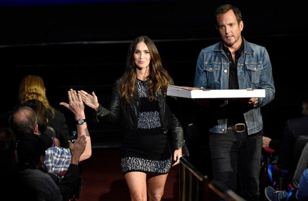 Megan Fox ja Will Arnett esilinastusel