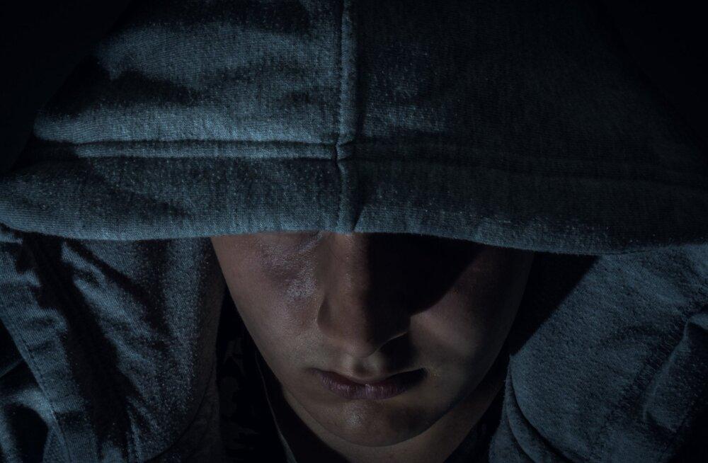 Как наказывают в мире педофилов: от кастрации до пожизненного заключения