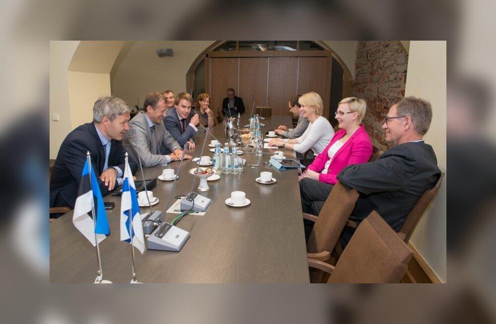 Депутаты Рийгикогу и Эдускунты нацелены на более тесное сотрудничество