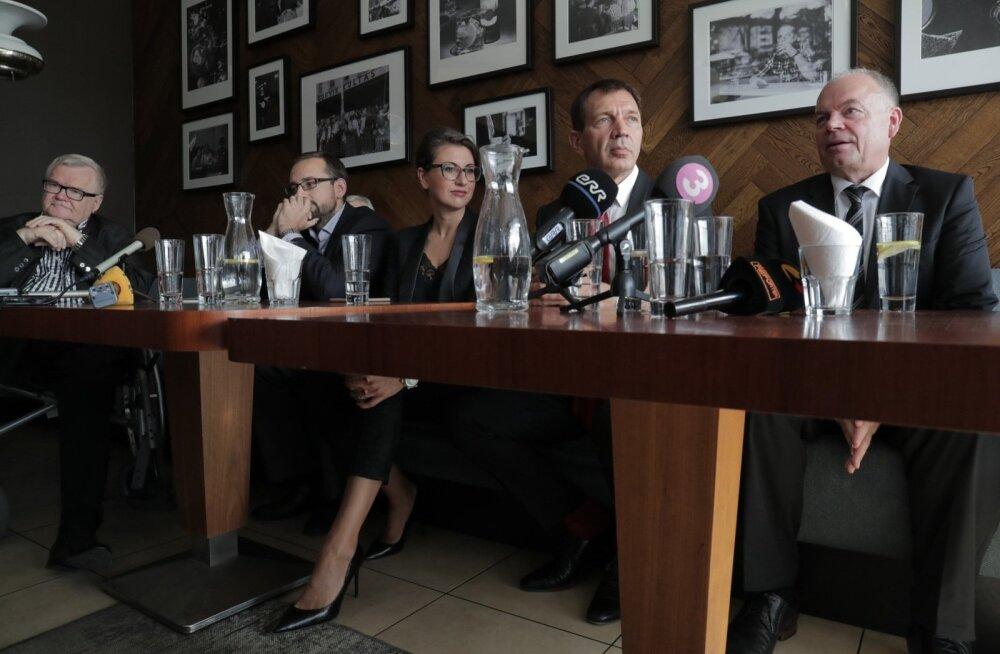 ФОТО: Избирательный союз Сависаара, Сыырумаа и Мыйза назвал первые номера по округам