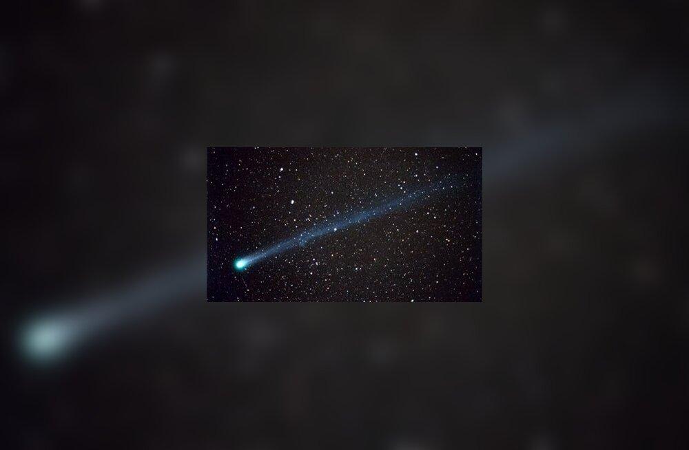 Komeetide lagunemisel tekkinud meteoorkehad külvasid Maale tsüanobaktereid