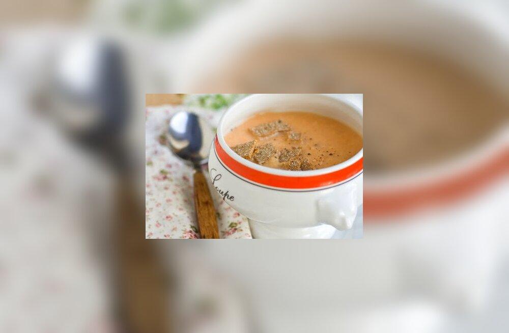 Tervislikud retseptid: porgandi-juurselleri supp ja porgandi-ingveri õunamahl
