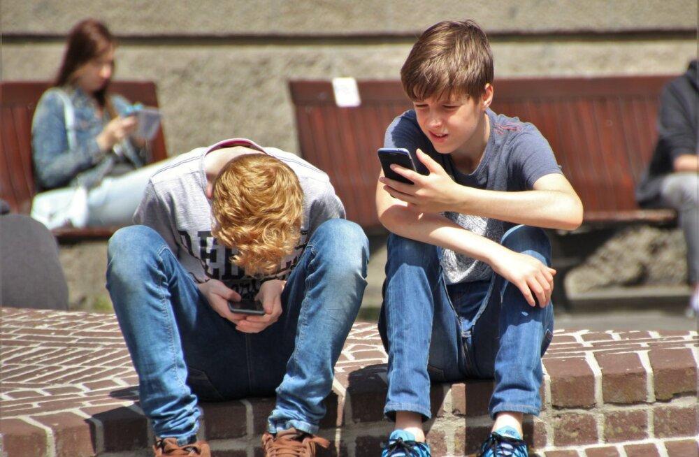 Miks sinu laps tegelikult telefonis passib?