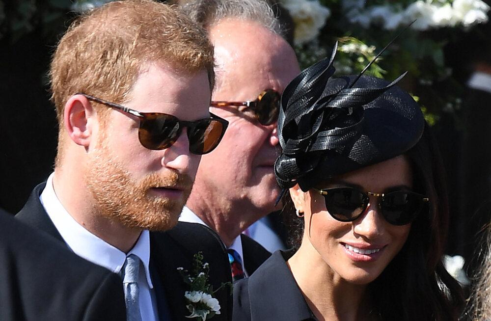 """Sussexi hertsog ja hertsoginna kaaluvad """"agressiivsemat strateegiat"""", et hertsoginna jutukat isa ja sopaloopijast poolõde vaigistada"""