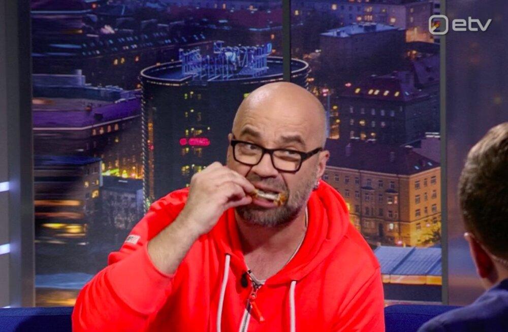 Tohoh! Eesti suurim Ameerika ekspert Mihkel Raud polnud enne Reikopi mahitusi KFC kana proovinud