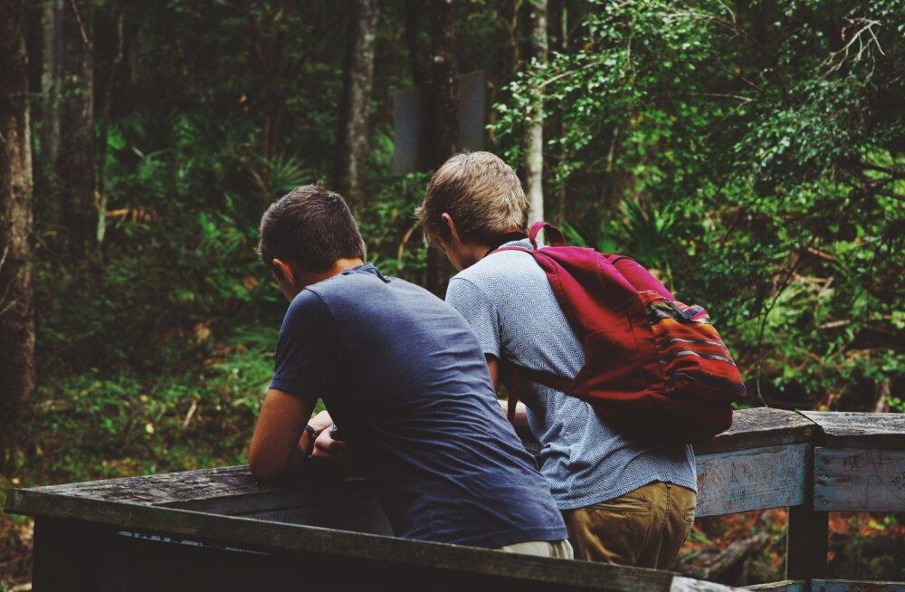 10 lauset, millega paned ka kõige kangema teismelise sinu tahtmist mööda käituma