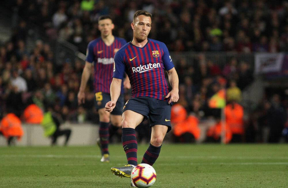 Barcelona mängumees keeldub mängimast, klubi ähvardab trahviga
