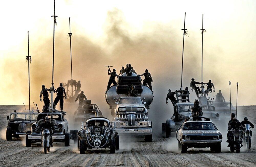Mad Max: Raevu tee