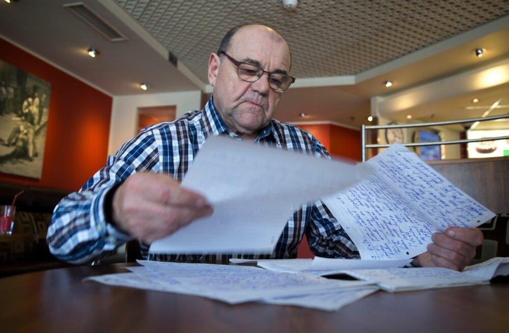 Olümpiavõitja Jaan Talts seenior saabub intervjuule paki tihedalt täis kirjutatud paberitega. Need on tema märkmed EOK presidendi valimiste kohta.