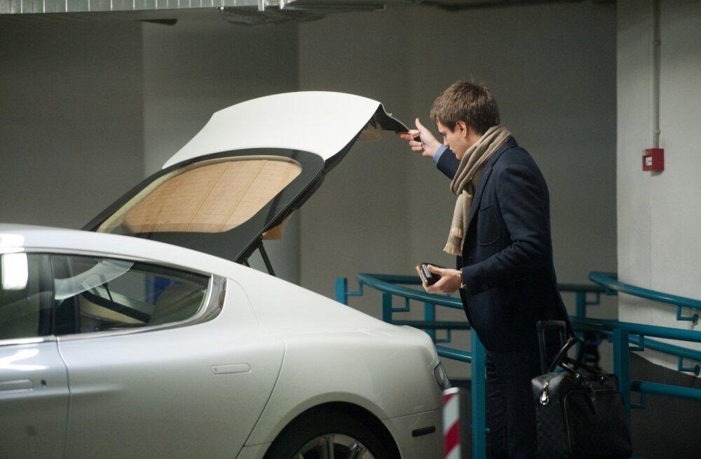 Henry Kallas ja tema Aston Martin