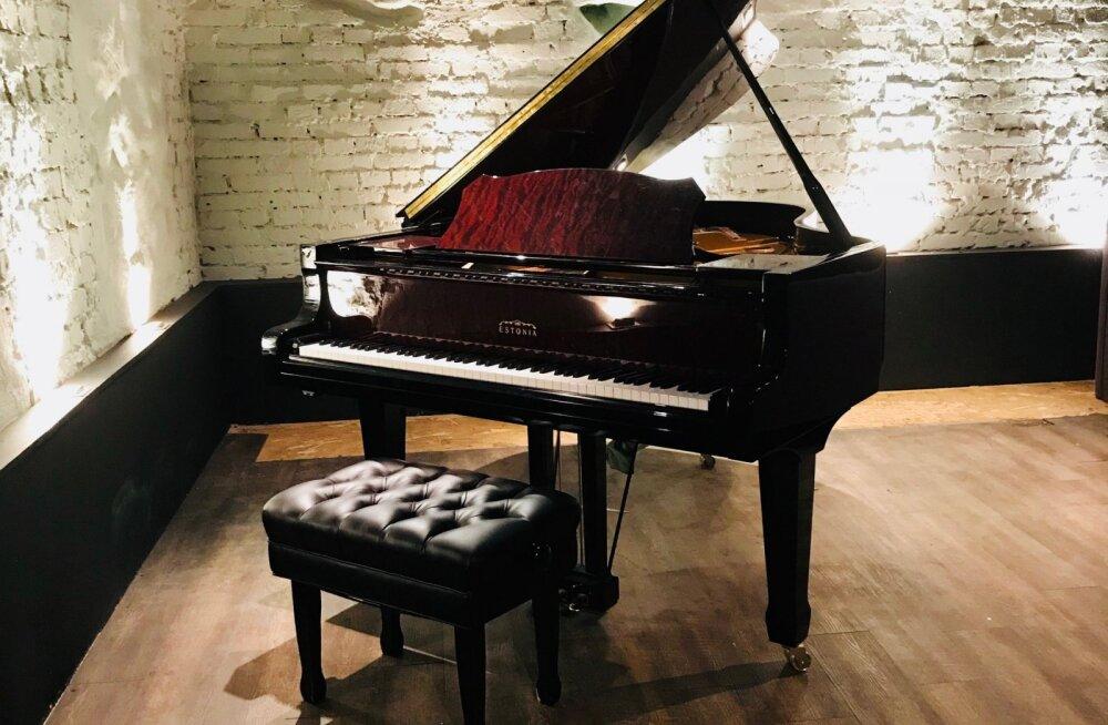Philly Joe's jazziklubi saadab pensionile oma Estonia klaveri ja kuulutab välja avaliku oksjoni uue omaniku leidmiseks