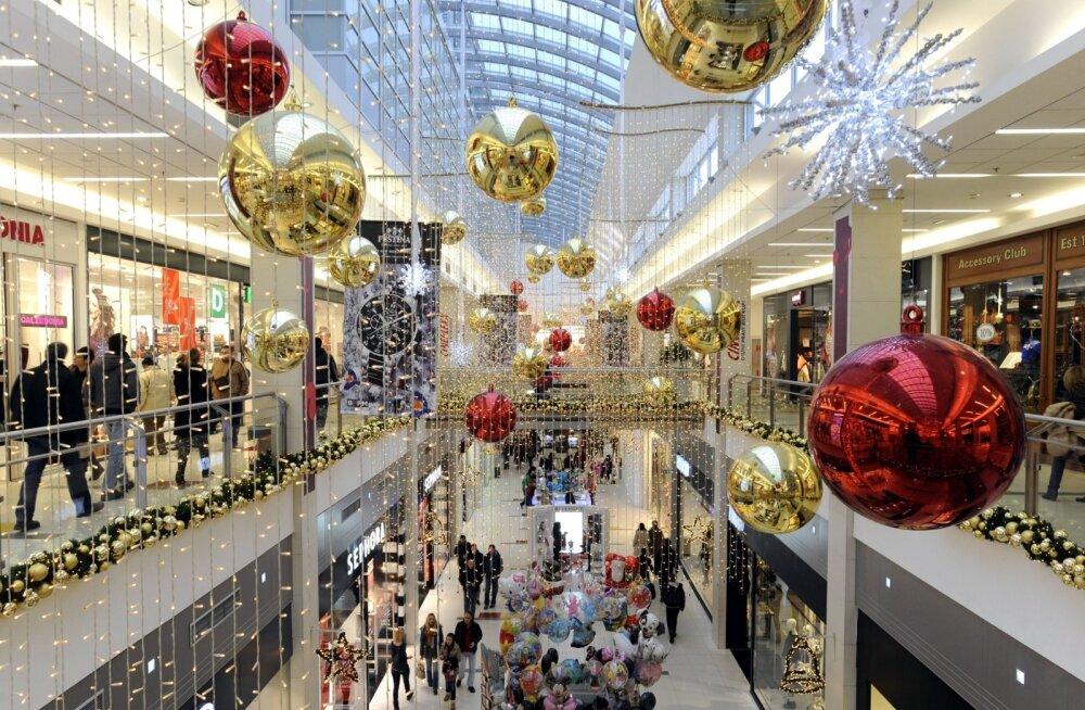 Jõulude aegu on kauplustes palju sagimist, kuid kui ostude tegemist planeerida, on võimalik suuremast stressist hoiduda.