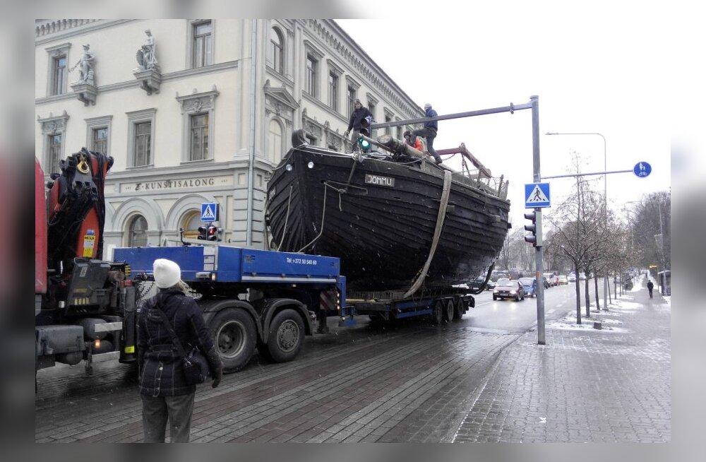 FOTOD: Lodi jõudis Tartu Raekoja platsile