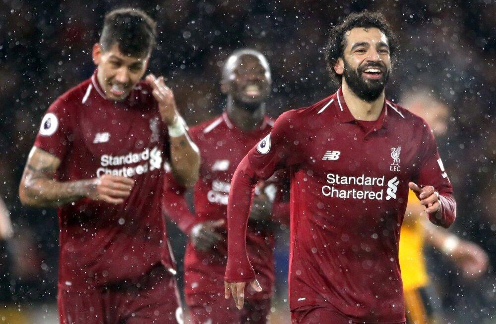 FC Liverpool mängib New Balance'i vormis.