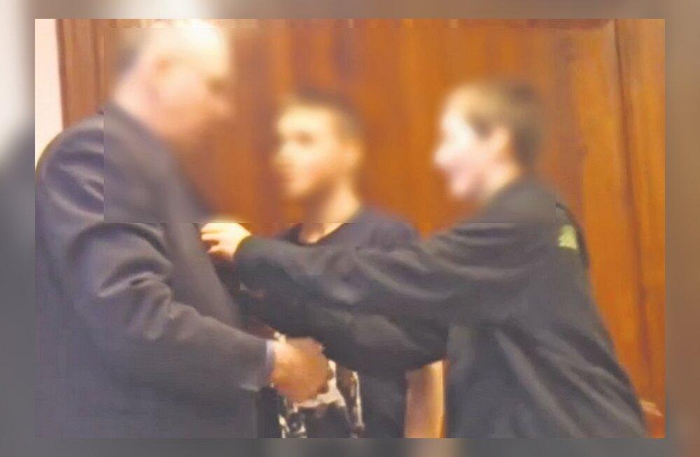 Politsei alustas Tõstamaa koolikiusamise juhtumis menetlust