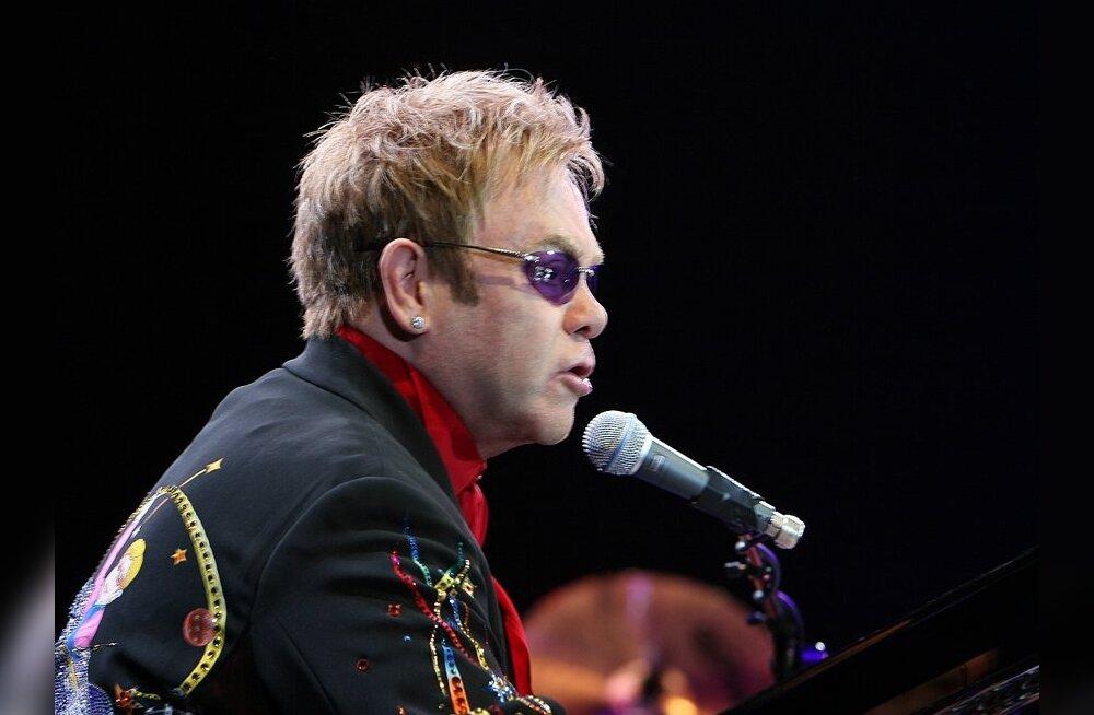 Elton John ja George Michael asuvad arengumaade geide õiguste eest võitlema