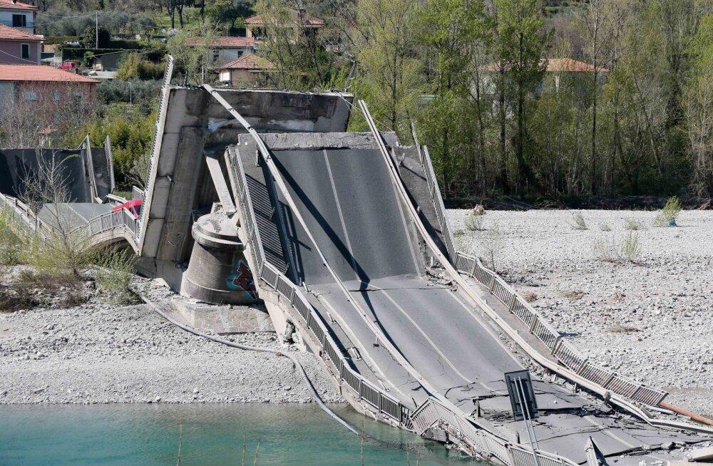 Обрушившийся мост в Аулле