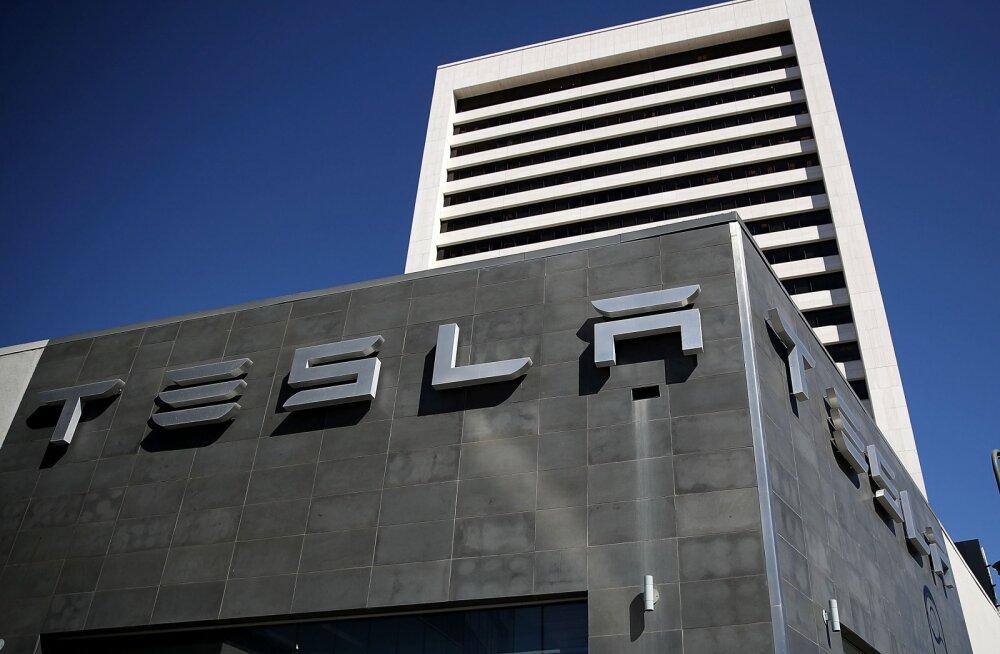 Tesla tehas Eestisse: millised oleksid Pakri poolsaare eelised teiste Euroopa paikade ees?