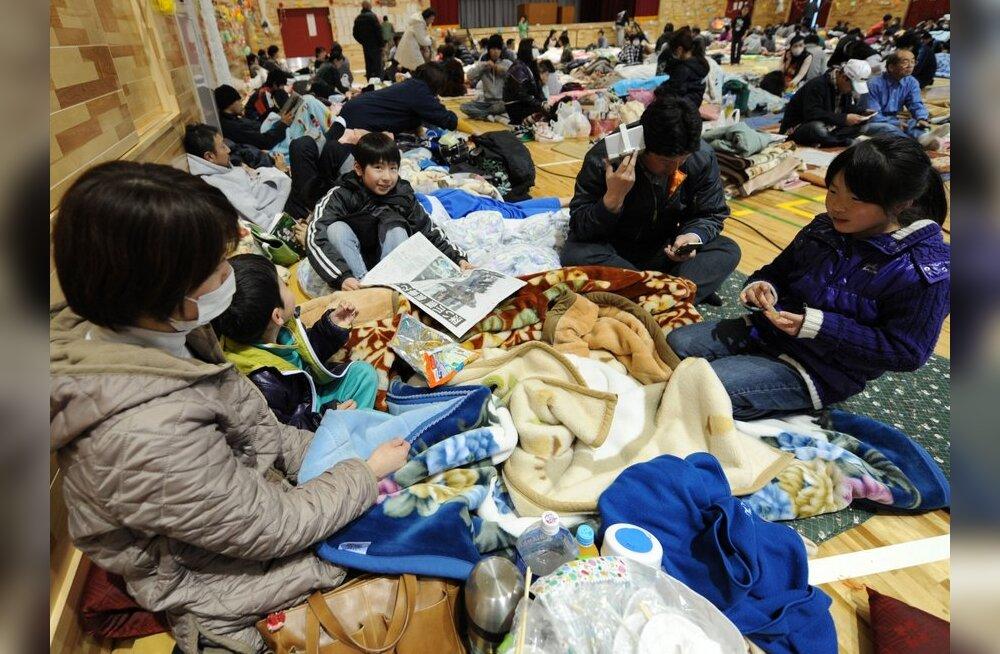 Jaapani tuumajaama lähedalt evakueeritud inimesed