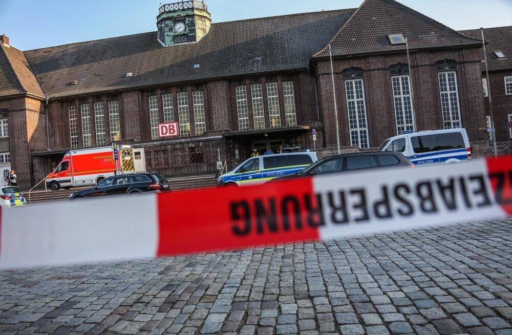Saksamaal lasi naispolitseinik rongis maha noaga rünnanud mehe