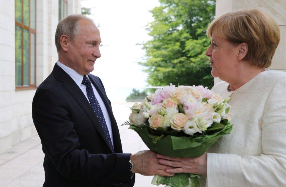 """""""Meie strateegiline huvi on Venemaaga suhteid säilitada,"""" ütles Angela Merkel."""