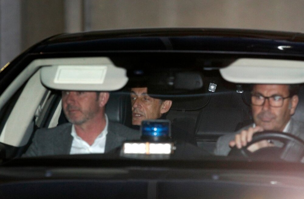 Prantsusmaa ekspresidendile Sarkozyle esitati Gaddafi raha asjus korruptsioonisüüdistus