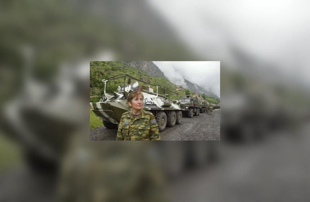 Vene, Kaukaasia, Osseetia, sõda, sõdur, naine, rahuvalvaja, gruusia, soomuk
