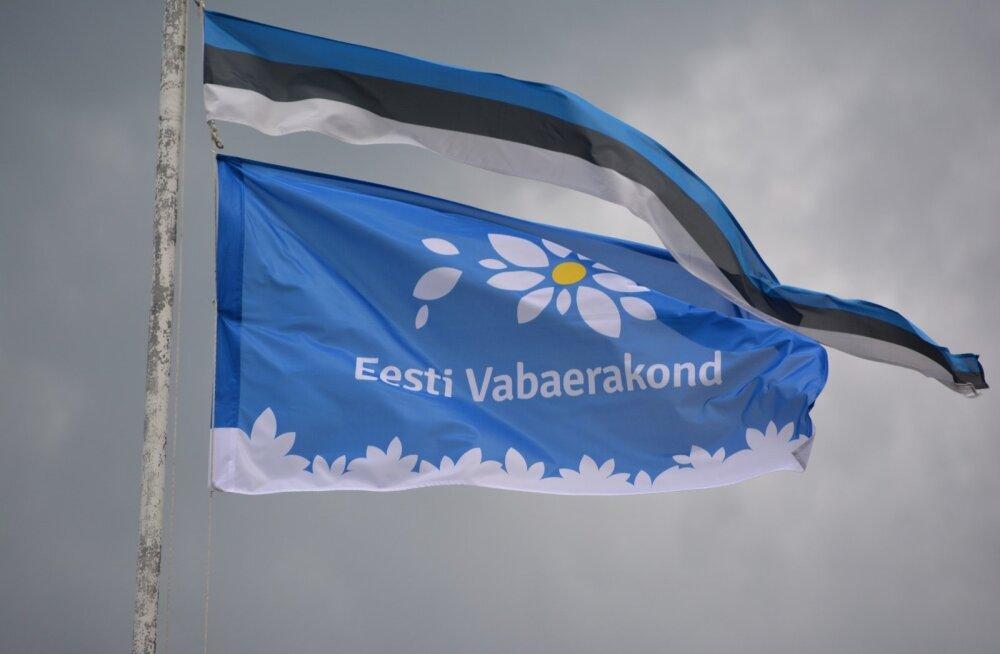 Vabaerakonna esinduskogu ja suvepäevad Viljandimaal Sammulis