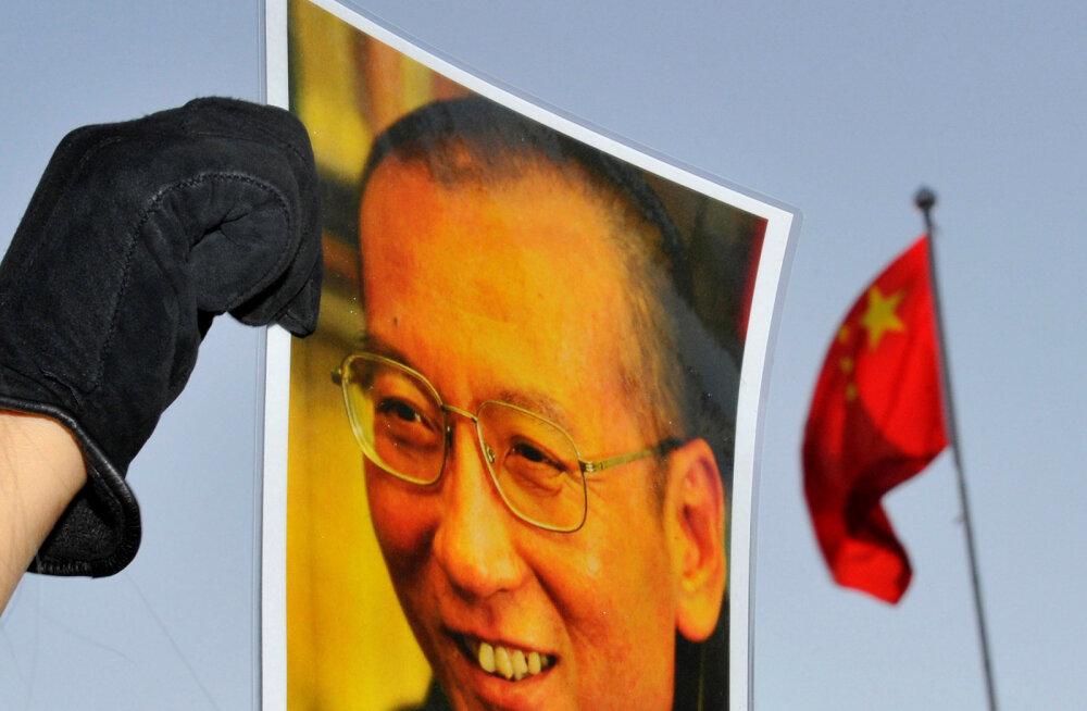 Скончался недавно вышедший из тюрьмы нобелевский лауреат Лю Сяобо