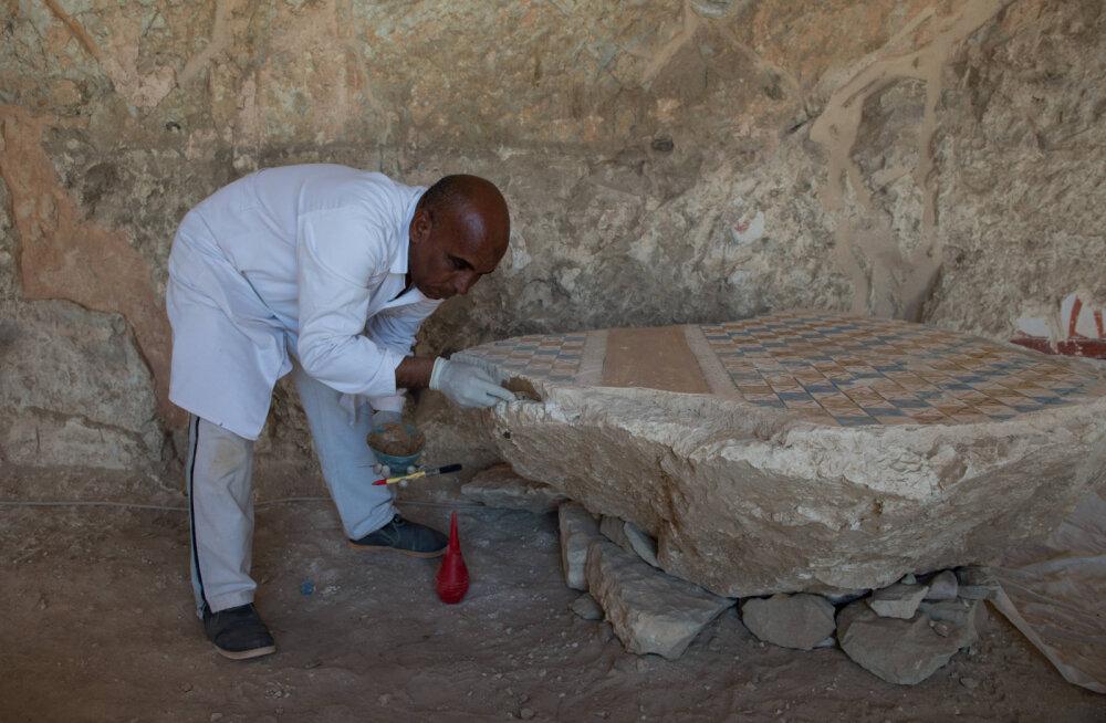 В Египте найдены шесть древних мумий возрастом более трех тысяч лет