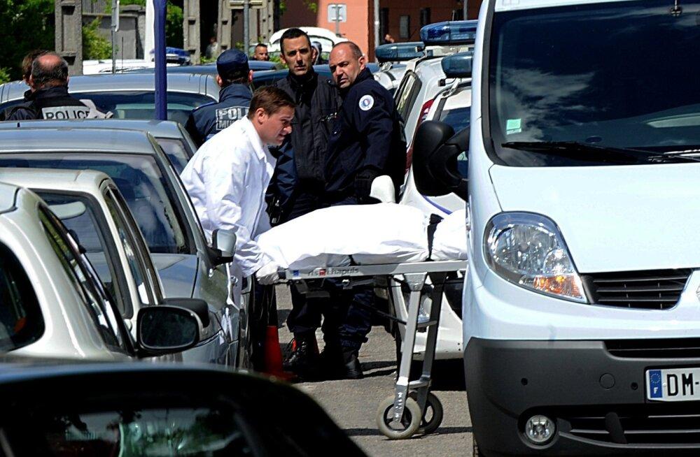 FOTOD: Prantsusmaal Grenoble'is sai tulistamises kooli juures surma kaks meest