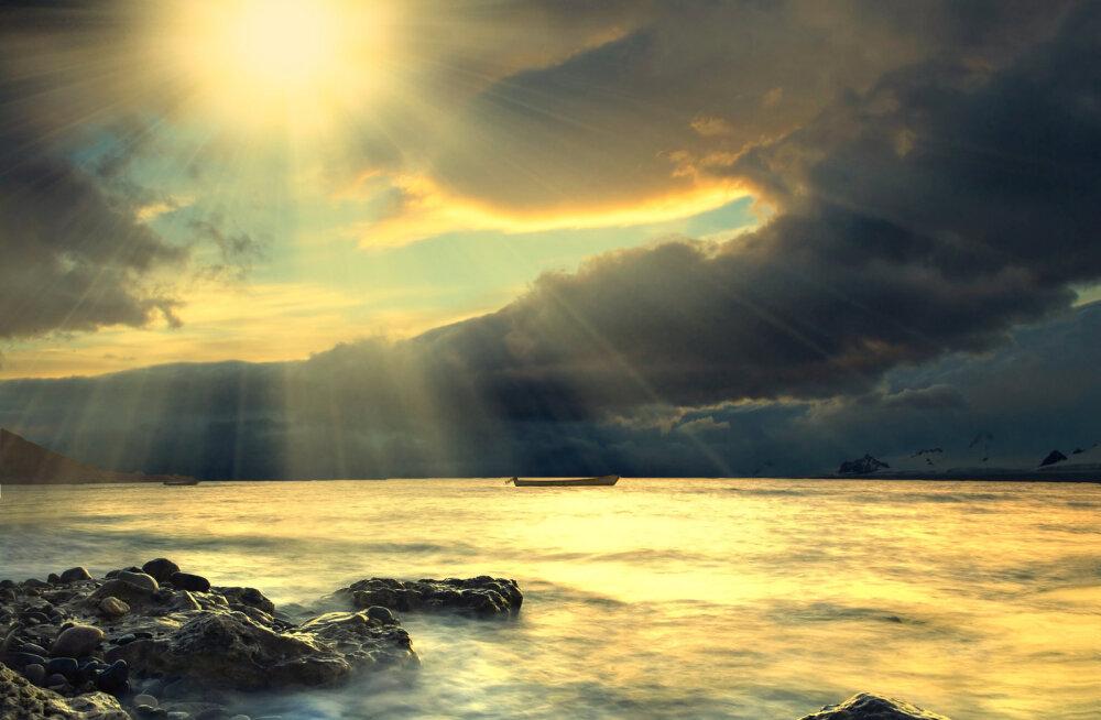 Ainus viis oma elu tõeliselt muuta, on armastuse valgusega iseenda sisemaailma valgustada