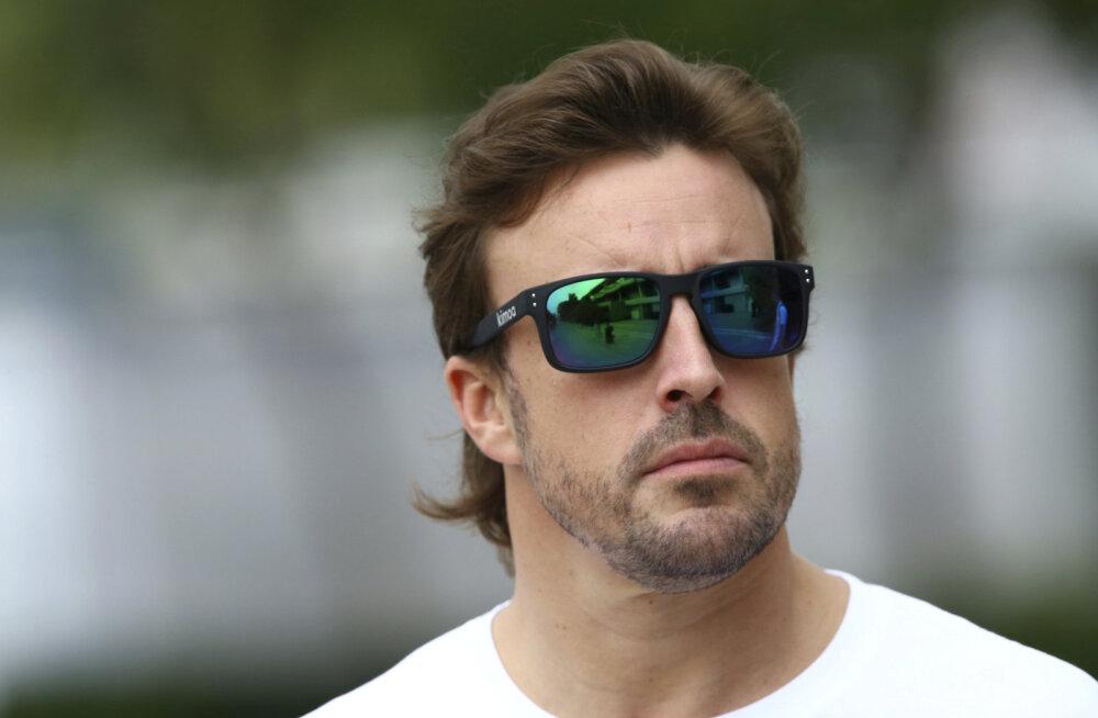 VIDEO | Alonso: lõin Singapuris katkestamise järel seina rusikaga augu