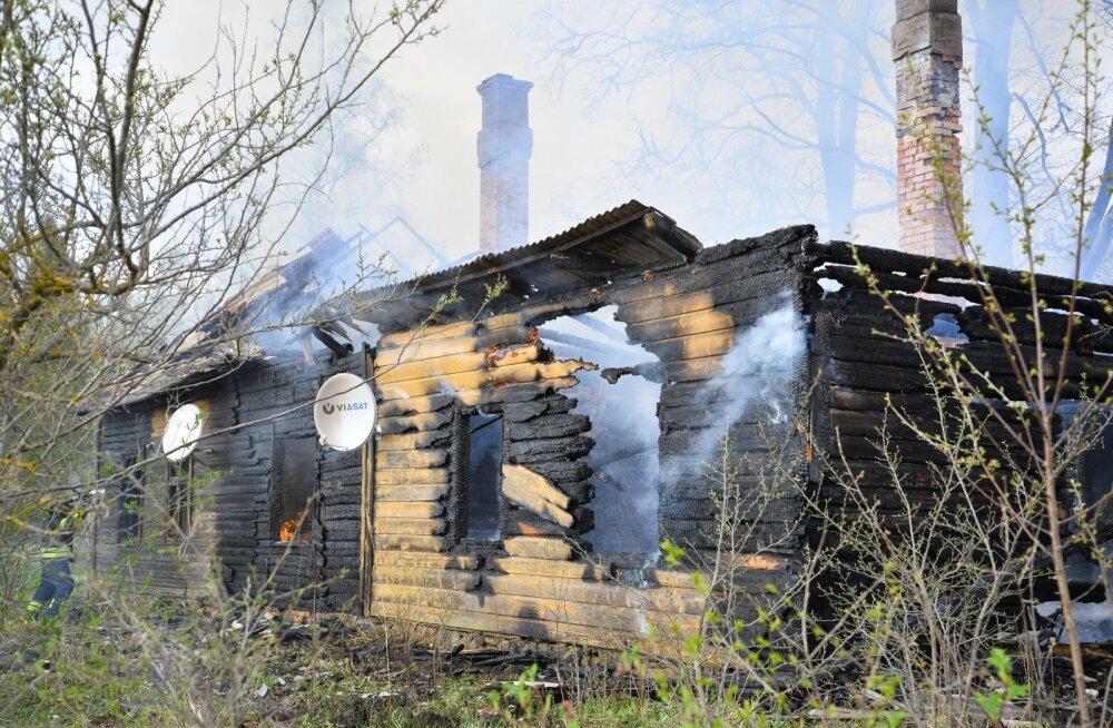Külmkapipõlengu ohver: lapsepõlvekodu põles maha mu oma silme all