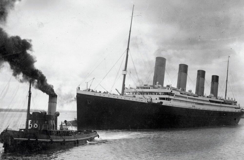 Kui uppuva laeva ahter tõmbab sind põhja: Titanicu põhjamineku hetk füüsiku pilgu läbi